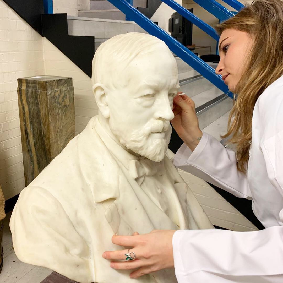 A marble bust of Henry Tate