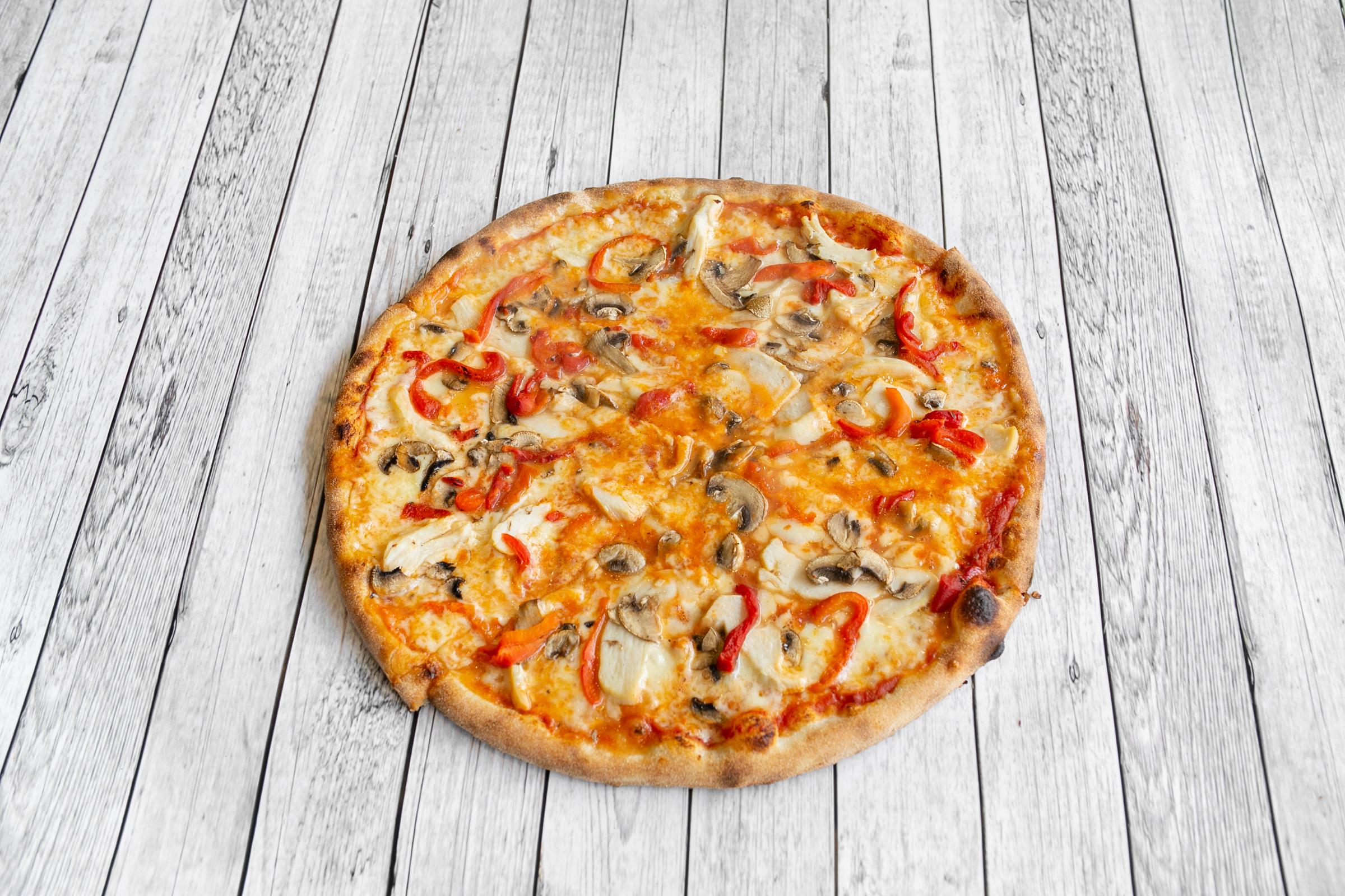 Pizza from Caloroso in Beckton